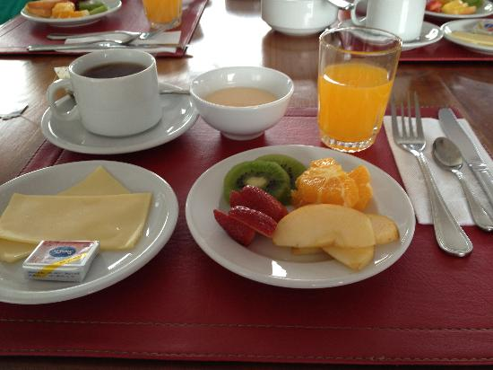 H Rado Hostel: Breakfast