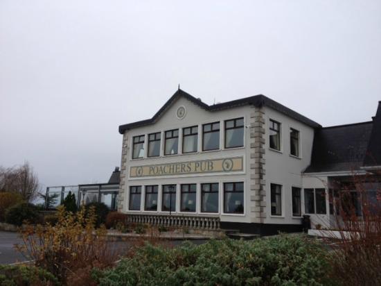 The Inn at Dromoland: Clare Inn Poachers Pub
