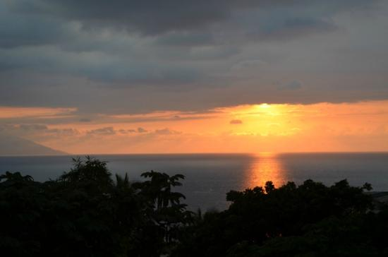 Casa de los Arcos: The Sunset from La Casa Grande that inspired the painting, LATE SUMER SUNSET OVER THE BAY OF BAN