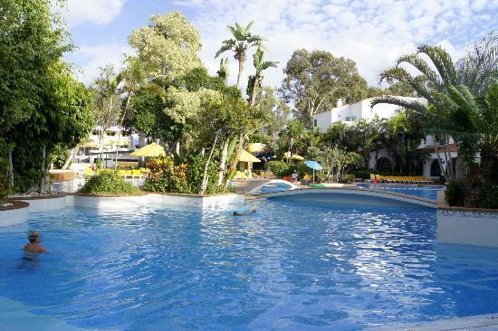 Park Club Europe Hotel: baseny