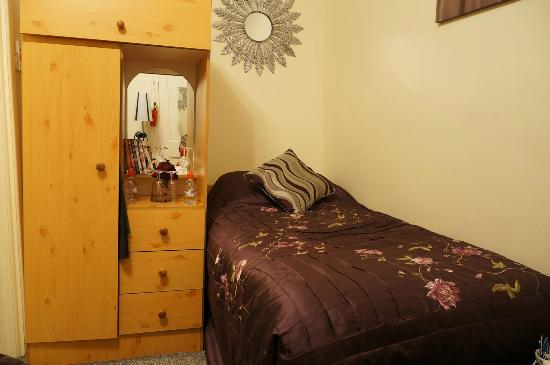 Abberley House B&B : Small bed in room No. 3