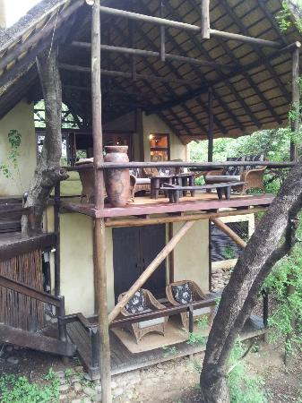 Pondoro Game Lodge: Area comun