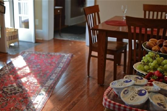 Holcomb's Bed and Breakfast: breakfast 4