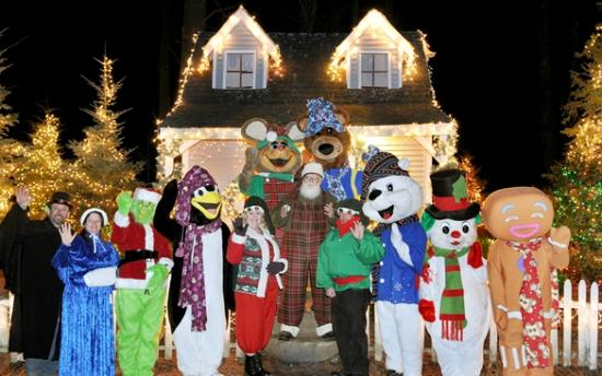 Charmingfare Farm : Lighted Winter Wonderland