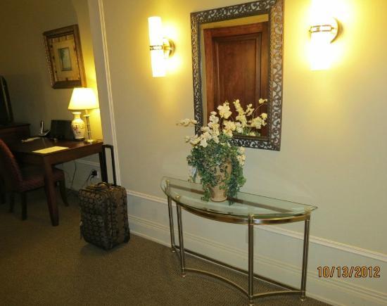 Hotel Clarendon: Room