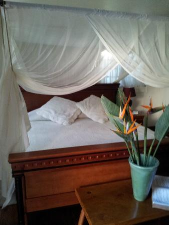 St. Lucia Wetlands Guesthouse: Cama