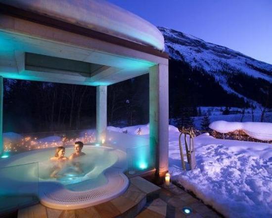 Wellnesshotel Bergland: Outdoor Sole Whirlpool