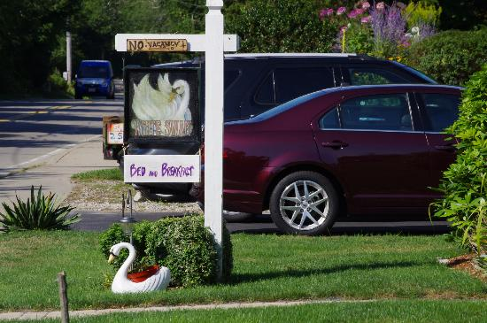 A White Swan Bed and Breakfast: White Swan Bed and Breakfast