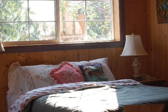 Once In A Blue Moon Farm : our comfy bed