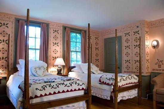 Hancock Inn: Moses Eaton Room