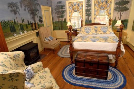 Hancock Inn: Rufus Porter Room