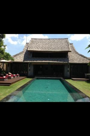 Space at Bali: 2 bed villa