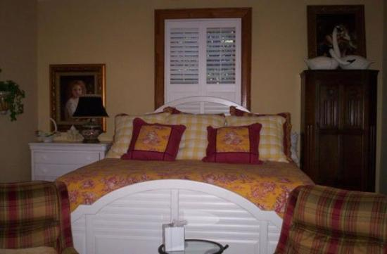 Southern Elegance Bed and Breakfast: PCottage