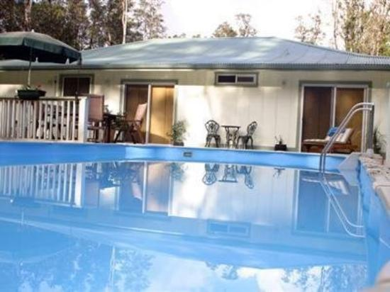 The Ohia House : Exterior Pool