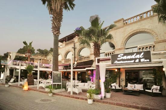 Kappari Restaurant: Sandal Cafe Bar