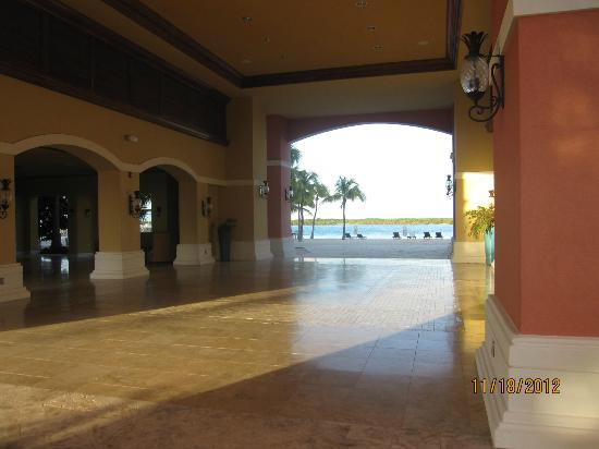 Blue Haven Resort: lobby