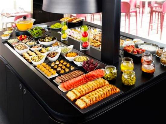 Campanile Dreux: Buffet Restaurant