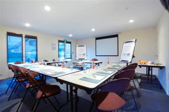 Campanile Dreux : Meeting Room