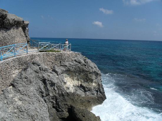 พริวิเลจอลูซ: Punta Sur