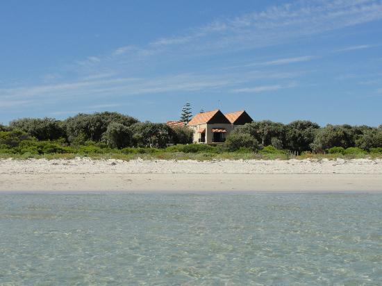 Wyndham Vacation Resort & Spa Dunsborough: Right on Geographe Bay