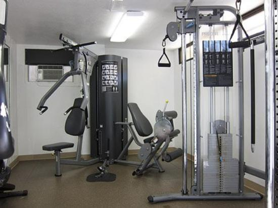 Discovery Bay Condominiums: Gym