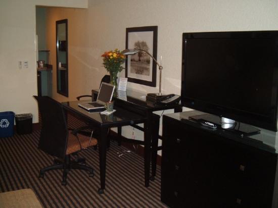 Prairie Hotel: Sideviewdesktv