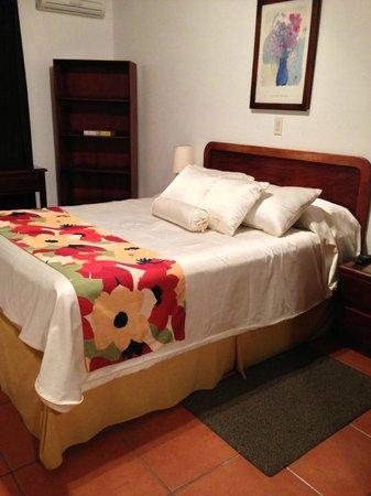 Apartotel Suites Cristina: Queen