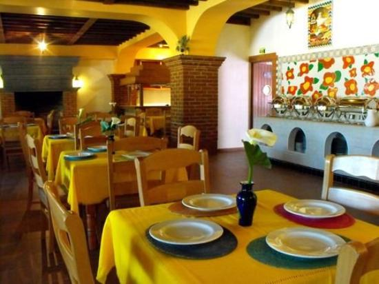 Los Arcos Hotel and Spa: Restaurant