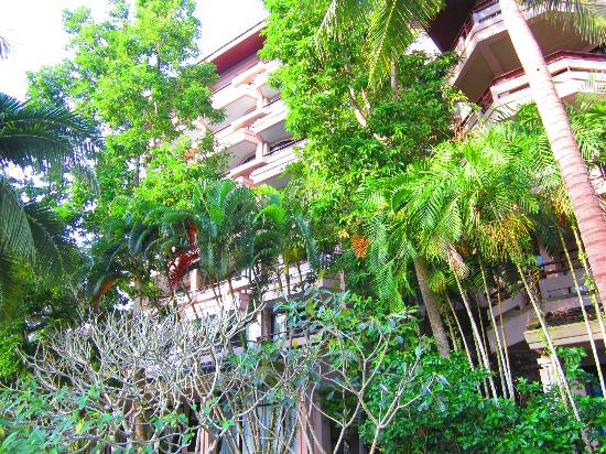 Maritime Park & Spa Resort: one of three hotel room towers and gardens
