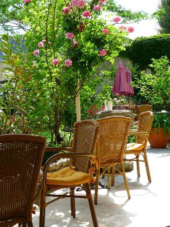 Hotel Diderot: Veranda