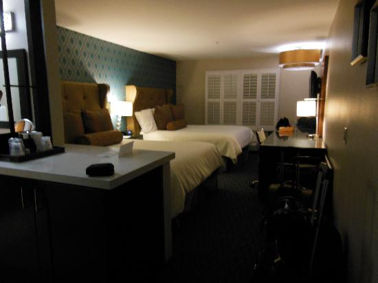 Ivy Hotel Napa: Spacious room
