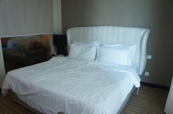 Hatten Hotel Melaka: Bed