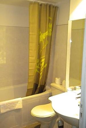 Le Cousture Hotel : Bathroom