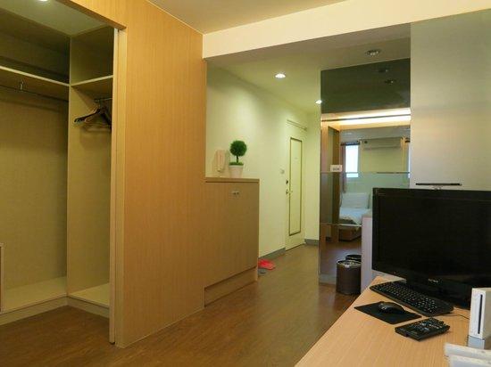 Li. Xiang Apartments: 旗艦四人房 quadruple room
