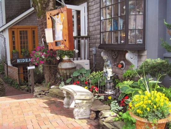 Jimmy's HideAway: Commercial Street Entrance
