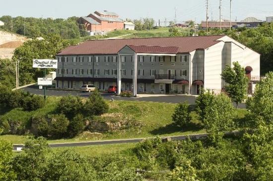 Rosebud Inn: Hotel Exterior