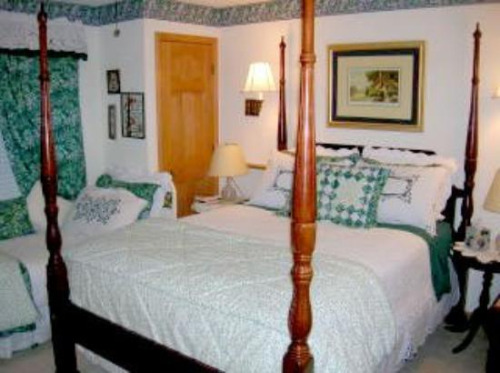 Rogers Inn The Pines : Other Hotel Services/Amenities