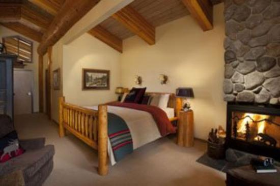 Moraine Lake Lodge: Honeymoonsuitesml