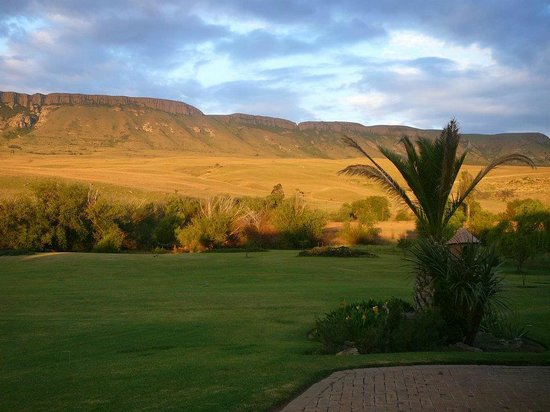 Greensleeves Guesthouse Harrismith: Platberg Mountain
