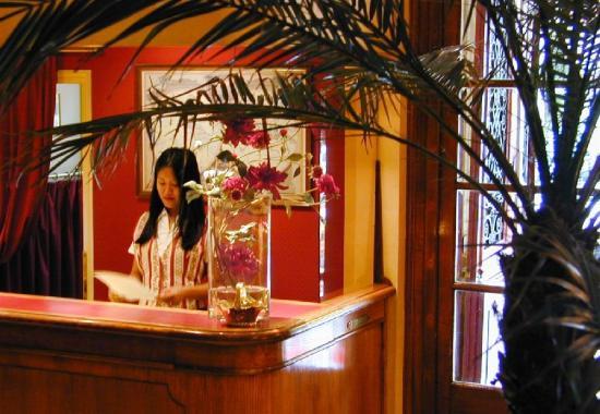 Hotel Britannique: Reception