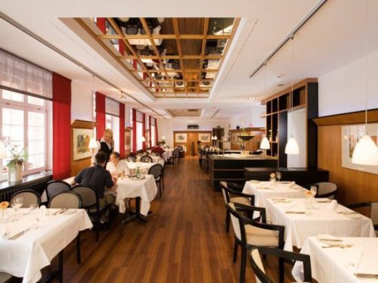 Hotel Schwert : Restaurant View