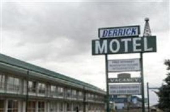Derrick Motel