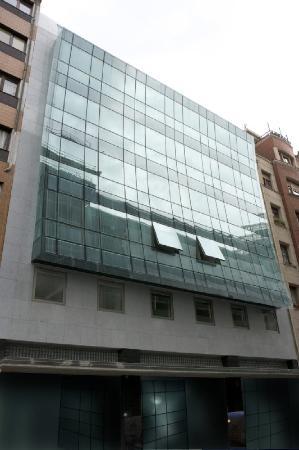 Apartamentos Turísticos Edificio Santiago: Fotpe EDIFFACHADA