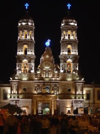 Hotel Zar Guadalajara: Destination
