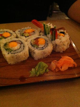 Ling's Cuisine : Sushi