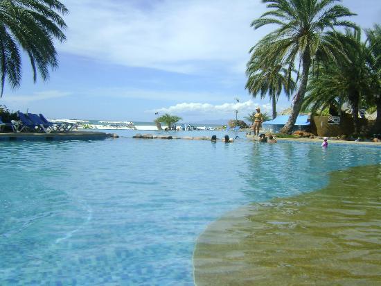 Punta Blanca Hotel : pileta