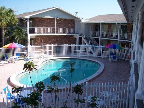 Dixie Motel And Apartments Cocoa Fl