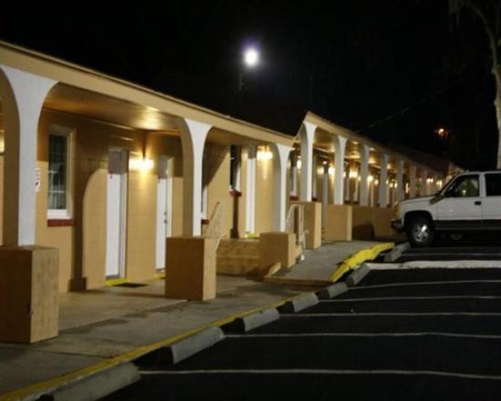 Photo of Stallion Inn Savannah