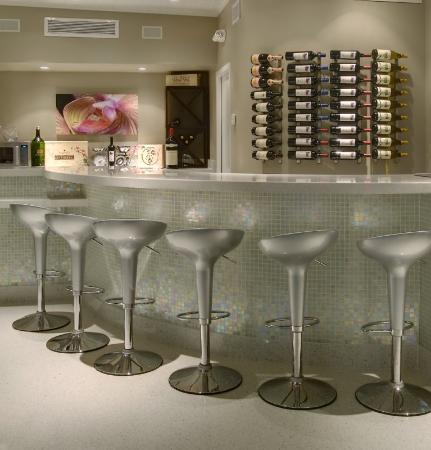 Orchid Key Inn : Bar/Lounge
