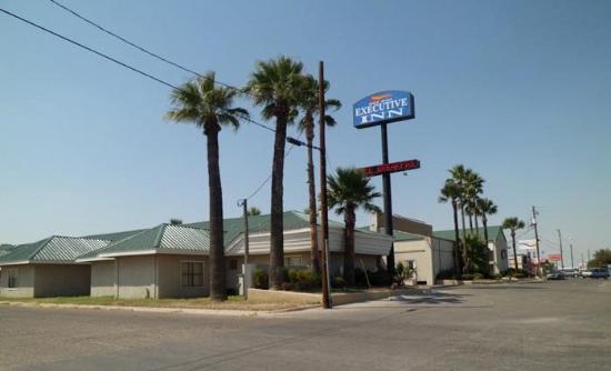 Del Rio Executive Inn: Exterior AODELR